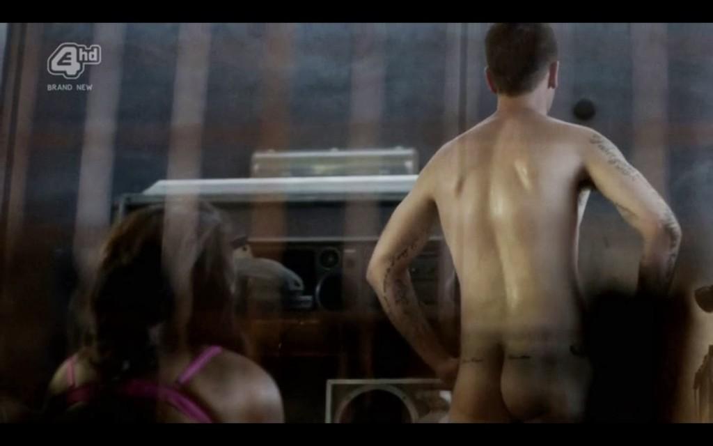 Joseph Gilgun Naked