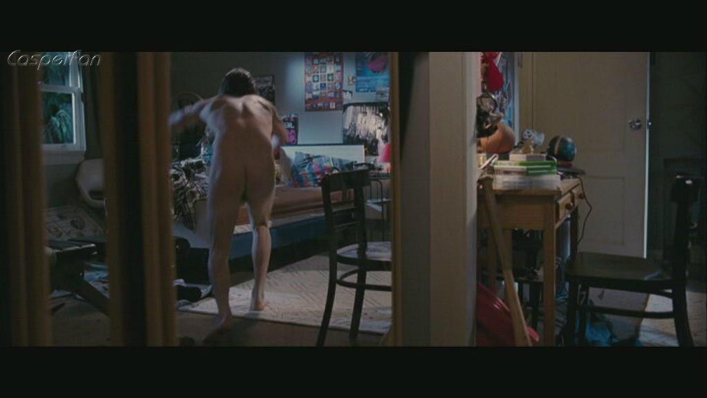 Kevin Zegers nude