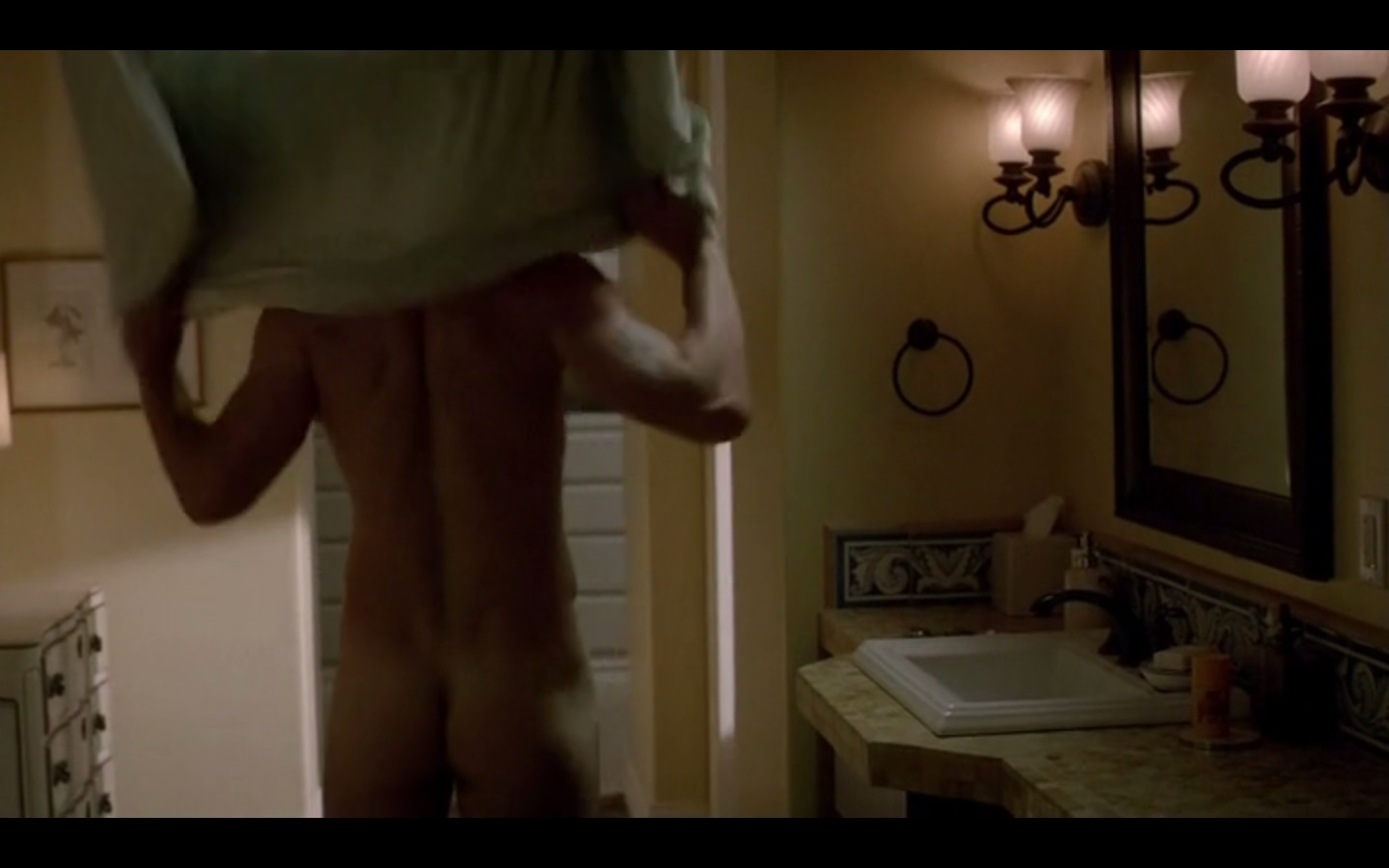 Liev Schreiber Naked on Ray Donovan